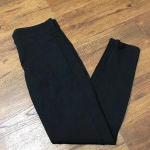3/$20 HUE medium black leggings